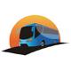 Bus fährt bei Sonnenuntergang
